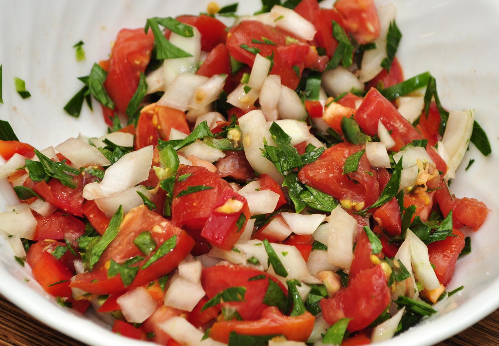 Pico de Gallo a Fresh Salsa
